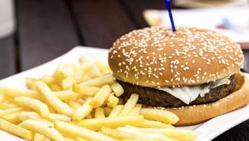 Hamburger und Empanadas
